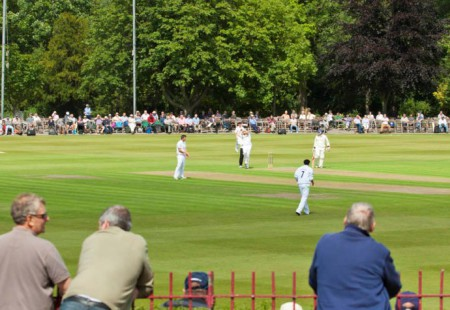 Cricket Queens Park
