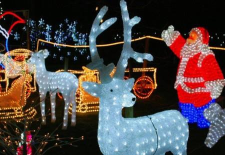Land of Lights - Christmas Lights Ankerbold Lane Tupton