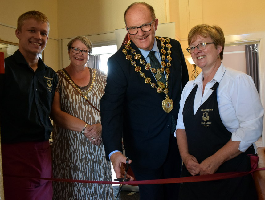 Luxury Accommodation opens in Chesterfield